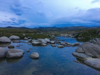 Kosciuszko-sunrise-river-blue