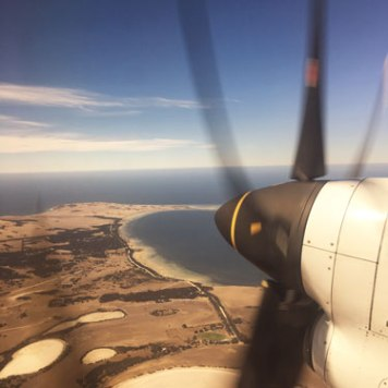 Plane-Kangaroo-Island-flying